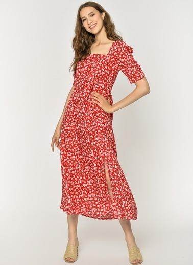 Loves You Sırtı Gipeli Kısa Kol, Çiçek Desenli Evaze Elbise Kırmızı